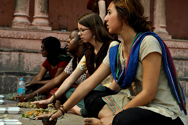 Photo of UW-Madison students in India