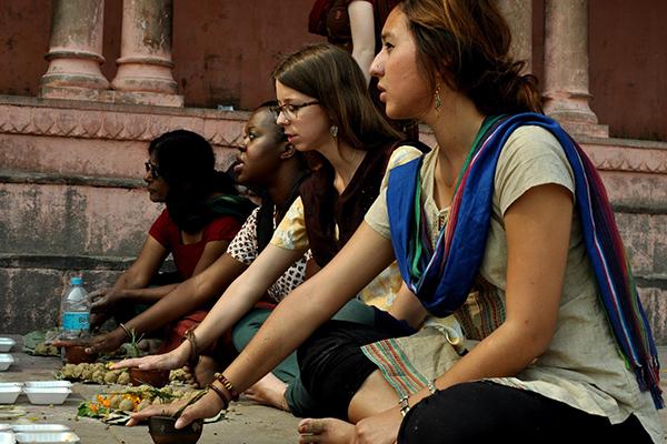 Photo of UW-Madison students in India